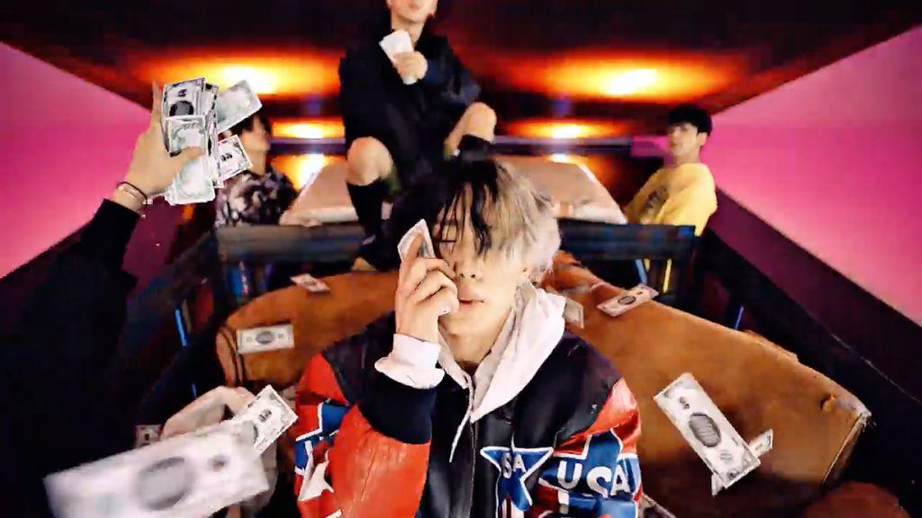 Comeback! iKON Luncurkan Bling Bling dan B-Day