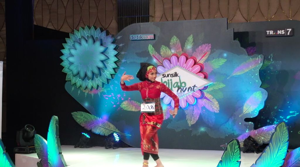 24 Besar Sunsilk Hijab Hunt 2017 Surabaya - Zahra Salsabila Mutia