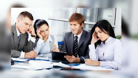 7 Sikap Ini Bisa Bikin Kita Dibenci Rekan Kerja