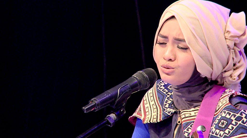 50 Besar Sunsilk Hijab Hunt 2017 - Salma Salsabil