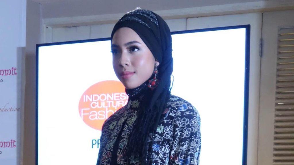 Harapan Desainer Hijab Indonesia atas Kedatangan Raja Salman