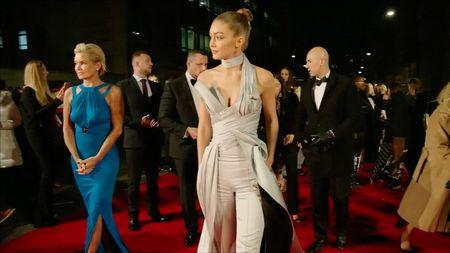 Kalahkan Kendal Jenner, Gigi Hadid Jadi Model Terbaik 2016