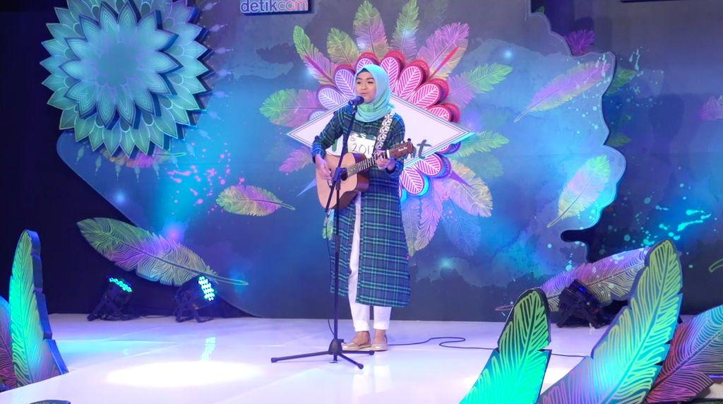 24 Besar Sunsilk Hijab Hunt 2017 Surabaya - Salma Salsabil Aliyyah