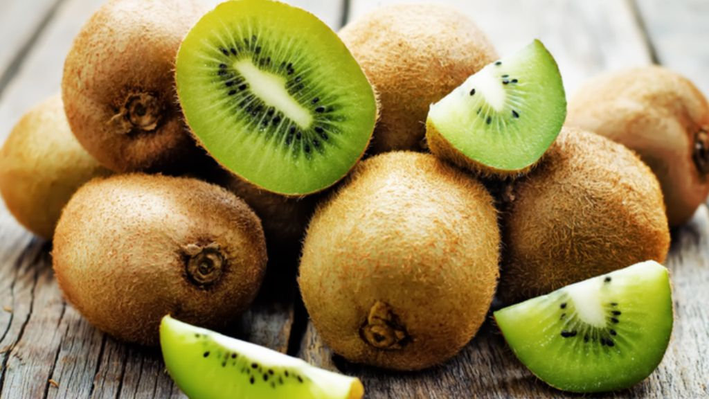 Khasiat Lain Buah Kiwi untuk Kulit