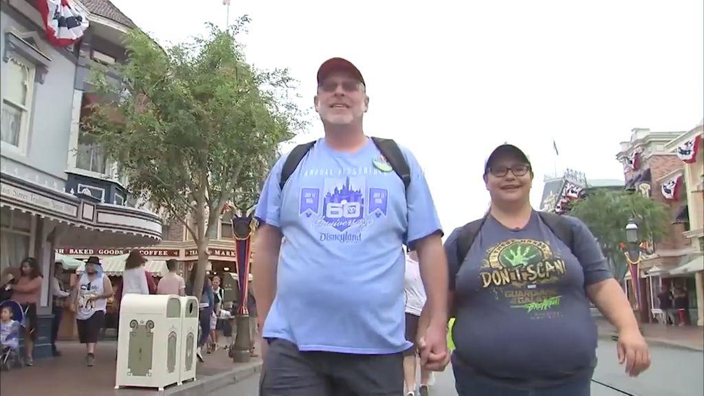 Kisah Unik Pria California Kunjungi Disneyland 2000 Kali