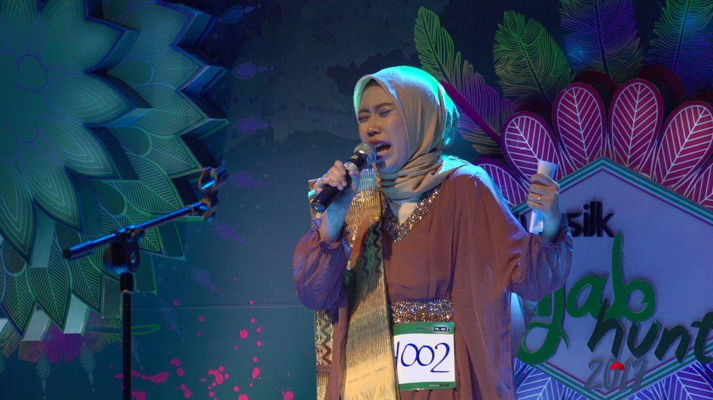 23 Besar Sunsilk Hijab Hunt 2017 Medan - Dini Safira