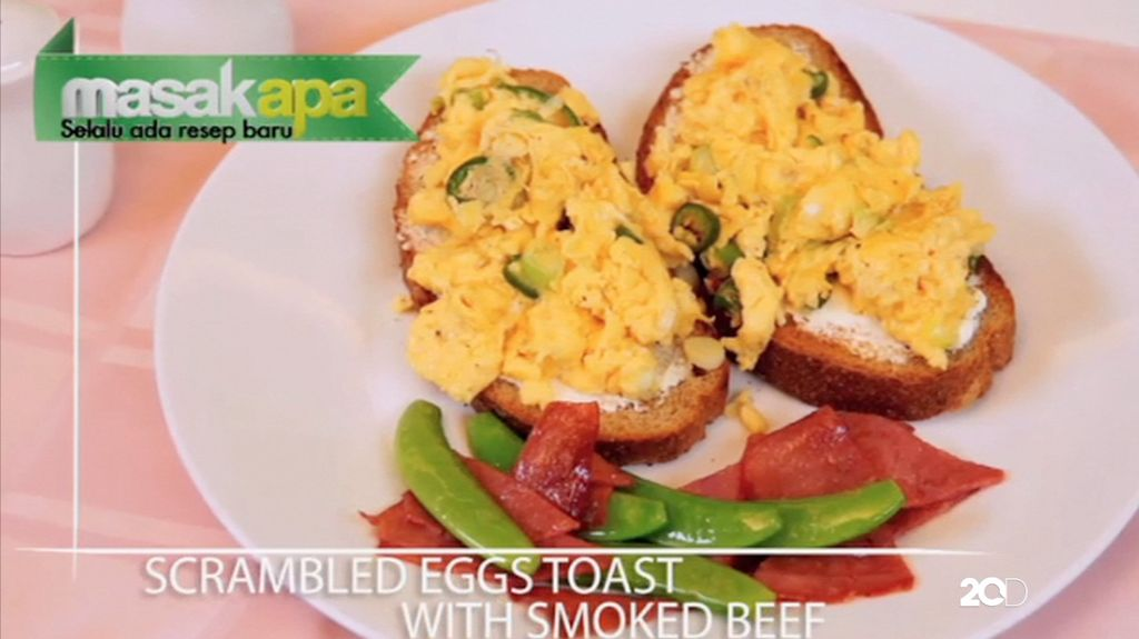 Screamble Egg Toast with Smoked Beef
