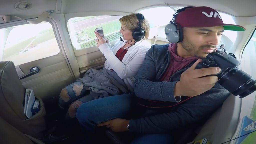 Gagal Romantis! Pria Ini Muntah Saat Lamar Kekasihnya di Pesawat