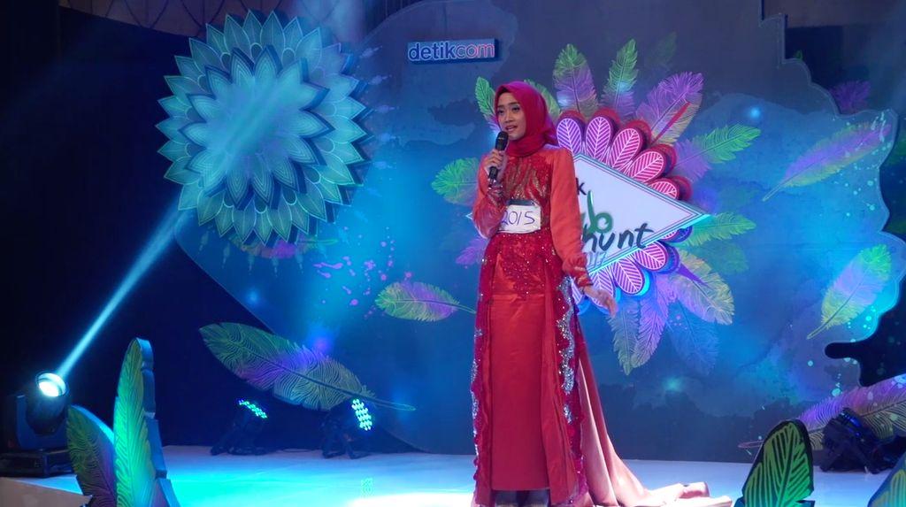24 Besar Sunsilk Hijab Hunt 2017 Surabaya - Dhia Zharfaningrum
