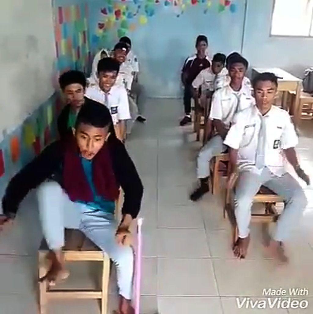 Video Parodi Bocah SMA Tiru Sopir Bus Ugal-ugalan Jadi Viral