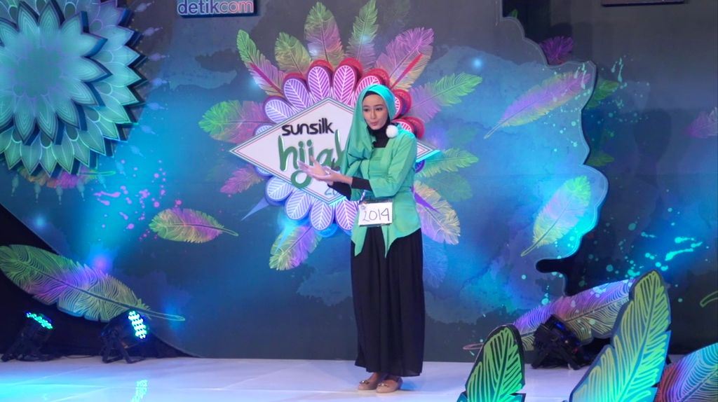 24 Besar Sunsilk Hijab Hunt 2017 Surabaya - Fadila Yahya