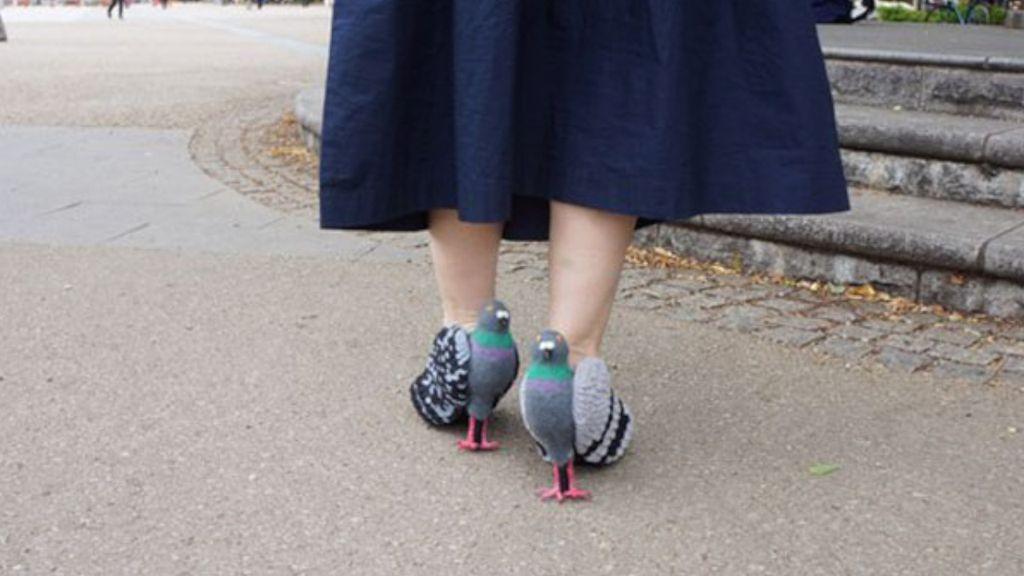 Ada Sepatu Berbentuk Burung Merpati, Ngeri Nggak Sih?