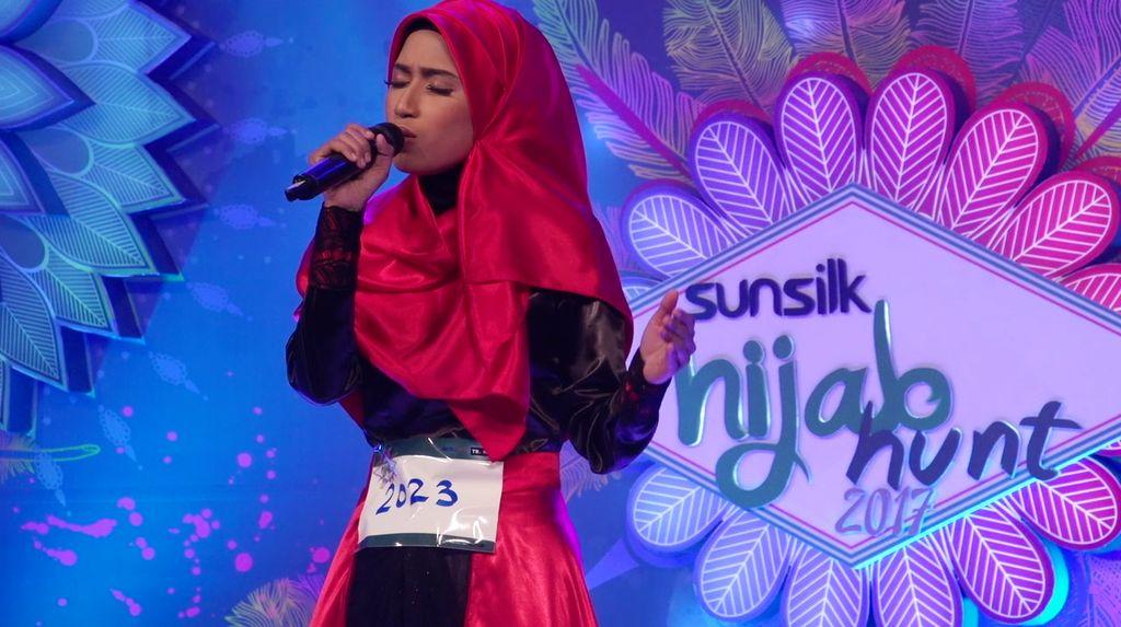 24 Besar Sunsilk Hijab Hunt 2017 Surabaya - Essa Mulia Rifanti