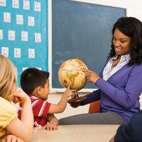 Terlalu Dini Sekolah Bikin si Kecil Bosan?