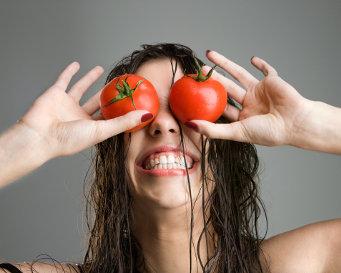 Ini Dia Manfaat Tomat Untuk Kecantikan Wajah