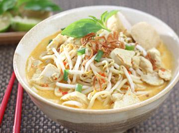 Mie Laksa Ayam - Indonesian Recipe