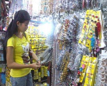 Squishy Di Asemka : 6 Tips Berbelanja di Pasar Asemka