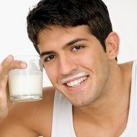 Ingin Hilangkan Lemak di Perut, Amankah Konsumsi Susu Diet?