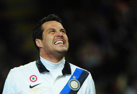 Masa depan Julio Cesar  di Inter Milan sedang dalam tanda tanya terkait a Terkini Julio Cesar Belum Ingin Pergi dari Inter