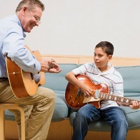 Orang yang Bisa Main Musik Otaknya Tak Cepat Tua