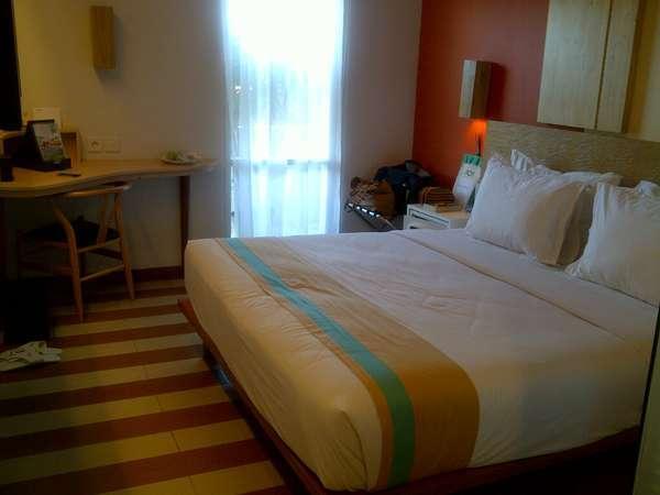 Libur lebaran 90 kamar hotel di bali full booked for Dekor ultah di kamar hotel