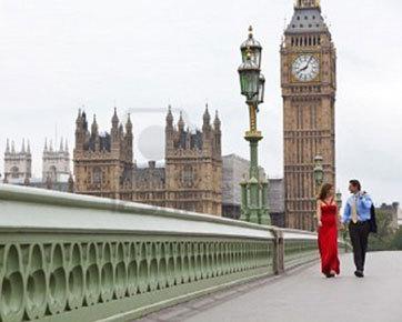 Terpisah Jarak Jakarta-Inggris, Hubungan Cinta Sukses Berakhir di Pelaminan
