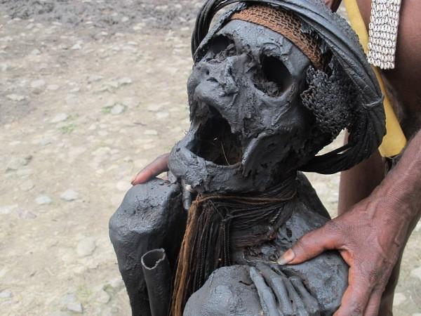 Wow! Ternyata di Indonesia Ada 4 Wilayah Yang Melakukan Tradisi Mengawetkan Jasad