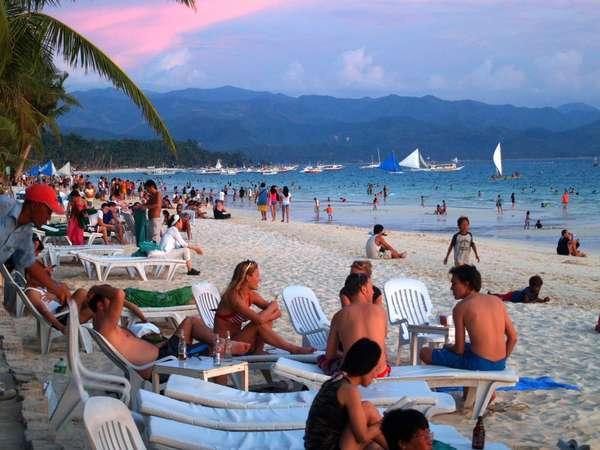 Pantai pria Jomlo