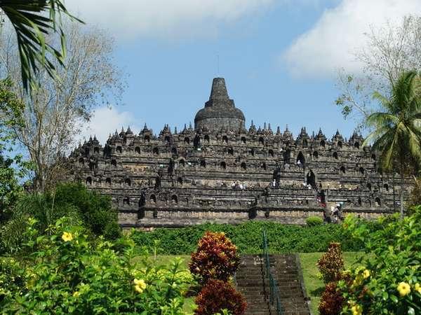 Tarif Masuk Borobudur Naik Biro Perjalanan Wisata Protes