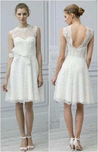 5 Inspirasi Gaun Pernikahan Berbahan Lace yang Anggun 1
