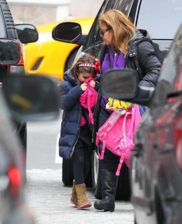 Takut Anak Diculik, Tom Cruise Siapkan Kembaran untuk Suri