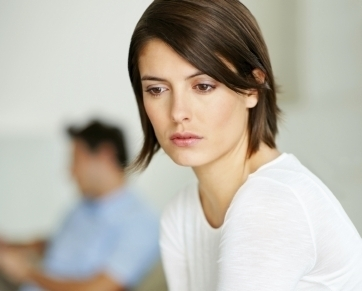 Selingkuh & LDR Penyebab Utama Pasangan Kekasih Putus Cinta