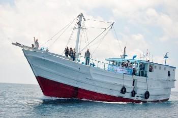 Pertama di Indonesia, Kapal Nelayan Disulap Jadi Rumah Sakit