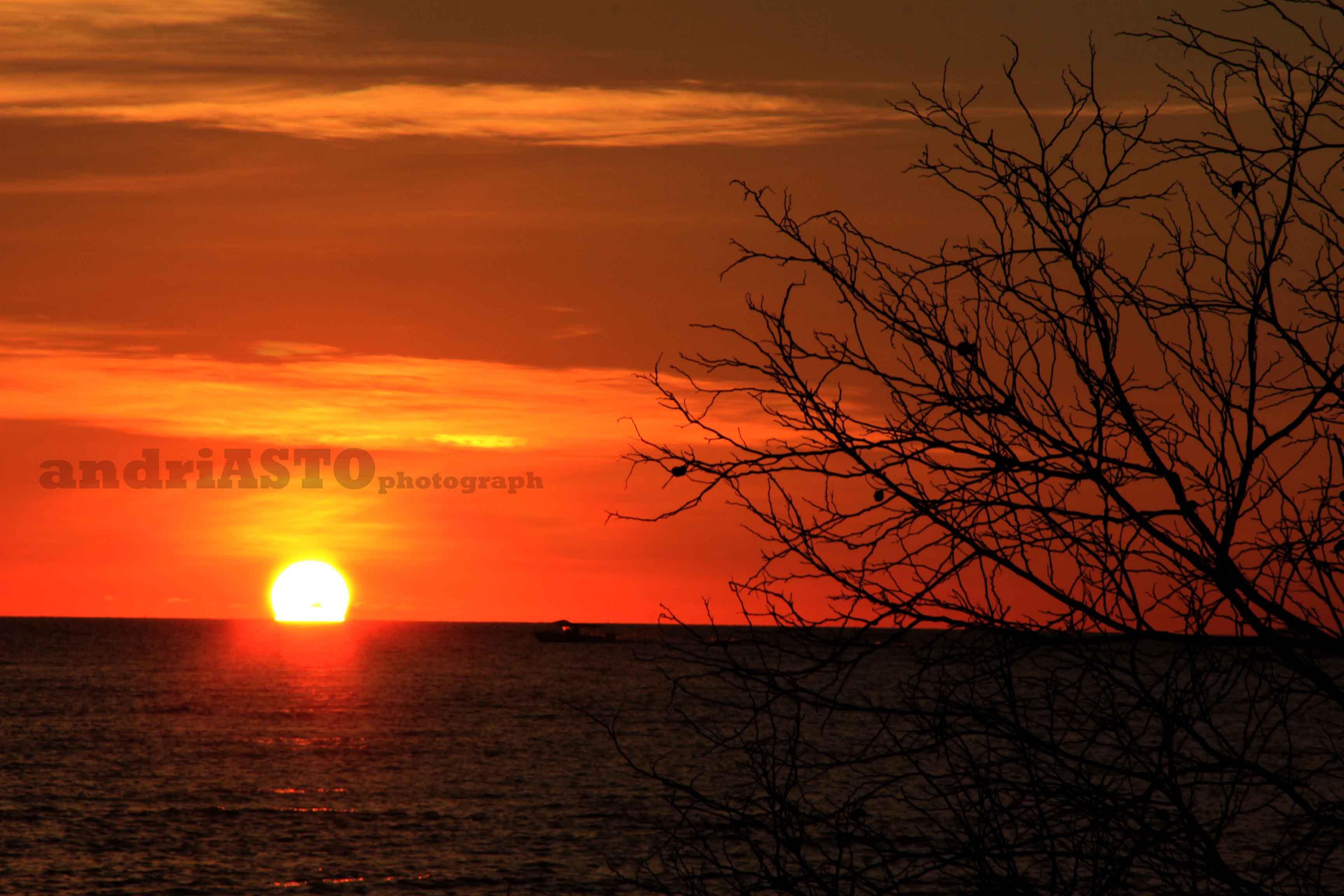 Saat Senja Langit  Makassar bak Lukisan  Surga 4
