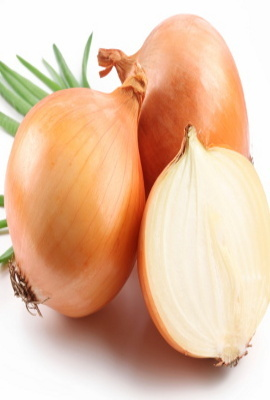 Buang Racun Tubuh dengan Konsumsi Bawang Putih dan Almond