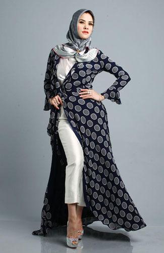 Foto Gaya Hijab Rusia Ala Angel Lelga 6