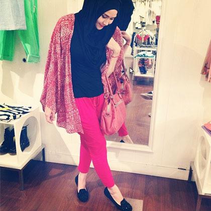 Hijab Style Tampil Kasual Ala Zaskia Adya Mecca 3