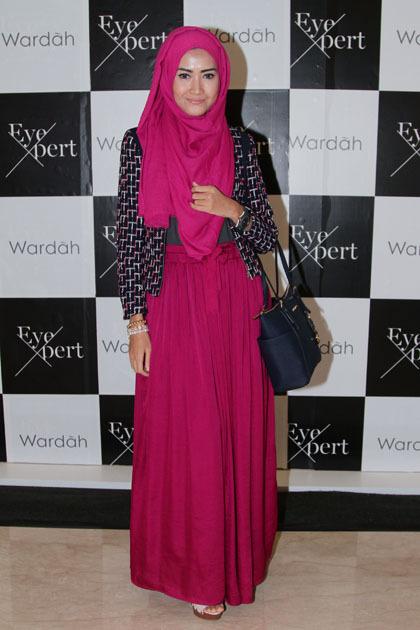 Hijab Style Inspirasi Gaya Stylish Hijabers Saat Datang Ke Acara Fashion 6