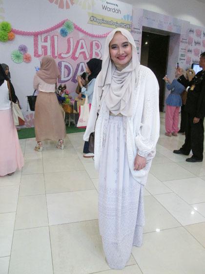 Hijab Style Gaya Zaskia Sungkar 6 Hijabers Lainnya Di Hijab Day 2014 8