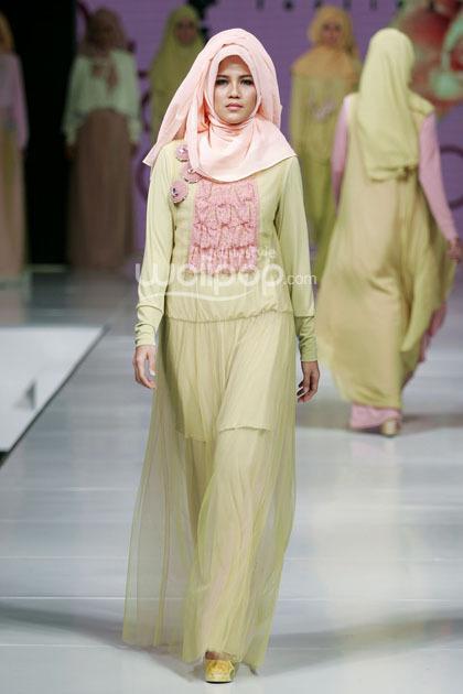 Hijab style koleksi terbaru najua yanti yang cocok untuk Fashion style untuk orang kurus
