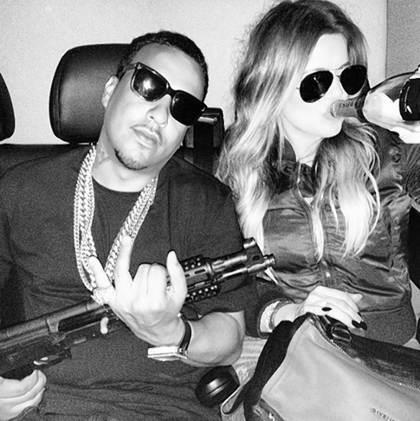 Posting Foto Senjata dan Alkohol di Instagram, Khloe Kardashian Kena Kritik