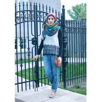 Hijab Style Tampil Kasual Dan Modis Ala Blogger Kanada Somayyah Khan 5