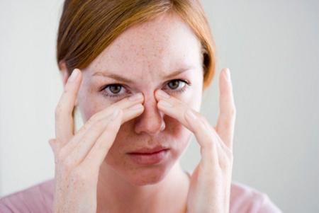 6 Tips Mengatasi Jerawat Hormonal yang Muncul Saat Menstruasi