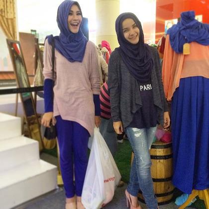 Zaskia Mecca Gelar Bazaar Busana Muslim Ramai Diserbu Pembeli