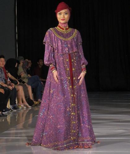 Design Baju Batik Muslimah Dari Dian Pelangi Pesona