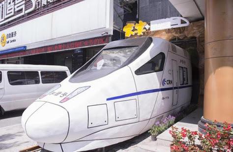 Kini Ada Restoran Berbentuk Kereta Cepat di China