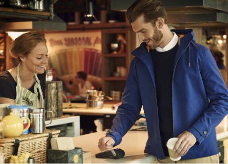Jaket Keren Ini Bisa untuk Mobile Payment