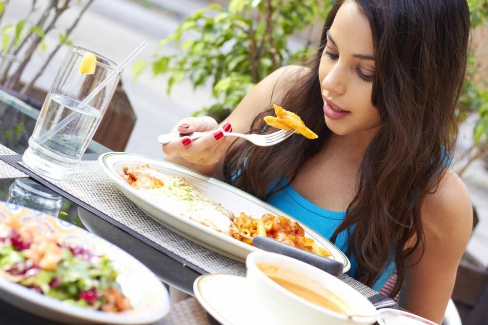 Soal Jajan Makanan, Remaja Inggris Cenderung Lebih Boros Dibanding Orang Dewasa