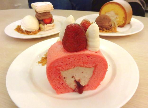 Resep Bolu Jepang Ncc: Rati Rati: Lembut Melayang Roll Cake Dan Kardinal