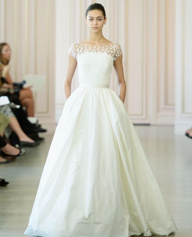 Oscar De La Renta Spring 2017 Wedding Dress Collection: 50 Inspirasi Gaun Pengantin 2015